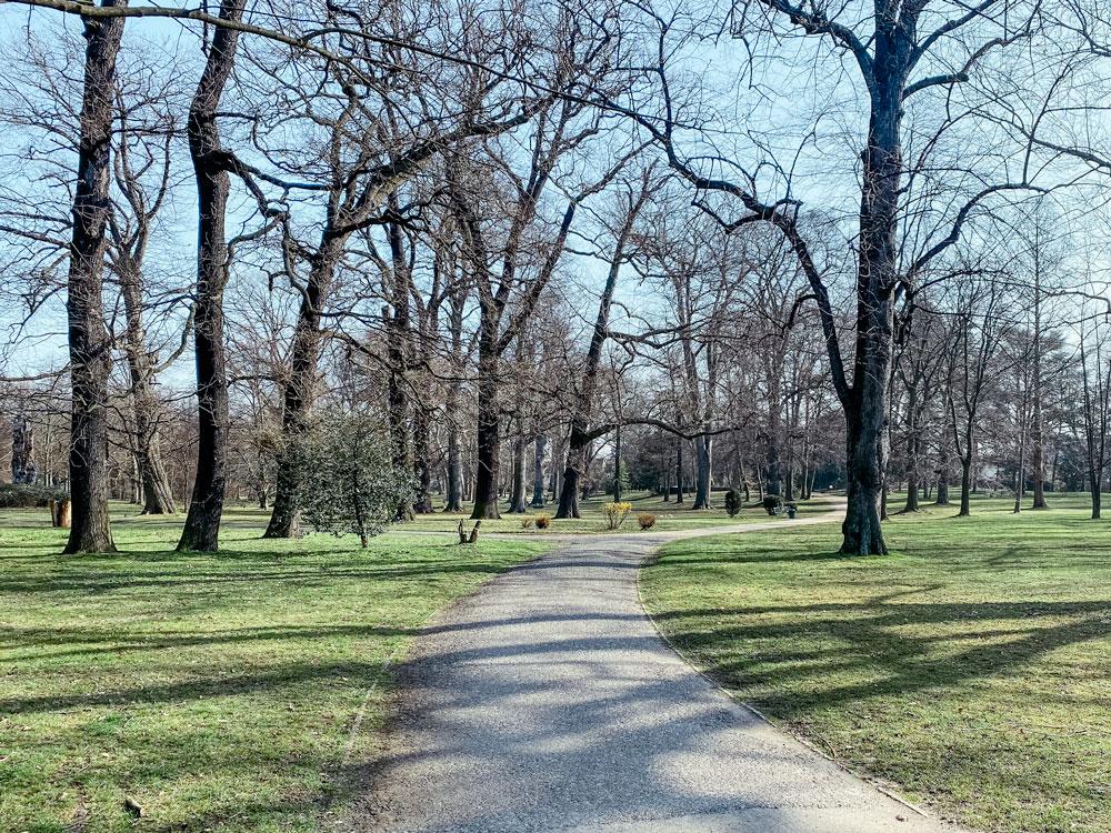 Stammheimer Schlosspark Rhein - Walk and Wonder