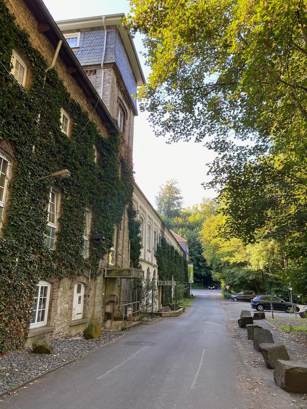 Papiermühle Alte Dombach - Walk and Wonder
